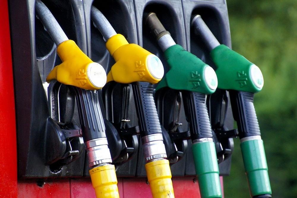 Rekordáron van a benzin a magyar kutakon